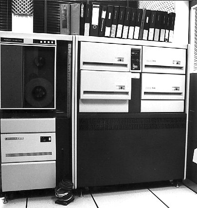 The PDP 11/60 with the four RL01-disk units and a Kennedy tape recorder