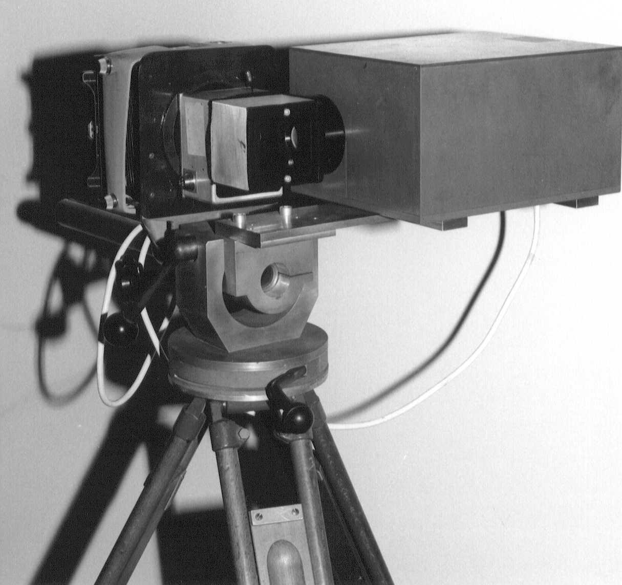 Vonkenflitscamera op statief
