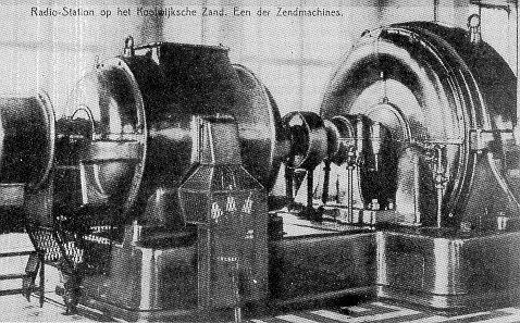 Zender Kootwijk ca.1918 voor telegrafie met Nederlands Oost-Indië, golflengte 17 km (17,6 kHz, vermogen 400 kW)