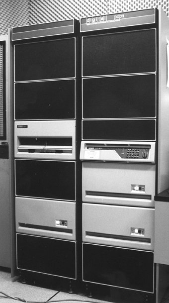 PDP 11/34 Data Conversion Station