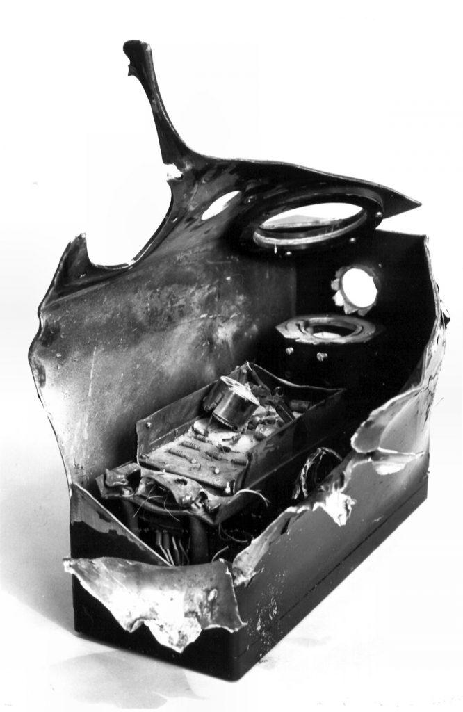 Een van de eindsnelheidsmeterdetectoren werd in juli 1979 te Petten geraakt door een 25 mm projectiel