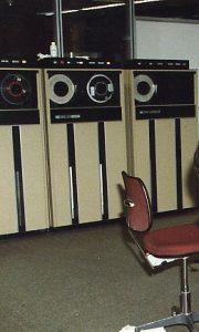 679 magnetic tape unit