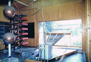 EMIS-2 400 kV generator, 5 ns (1975 - 1990)