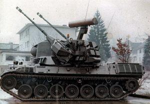 Pantser Rups Tegen Luchtdoelen (PRTL); nicknamed Pruttel