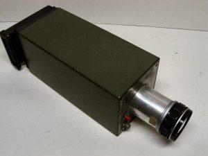 Dit prototype camera met een 18 mm beeldversterker (image converter) heeft met succes foto's gemaakt van projectielen in de vlucht bij vol daglicht op film.