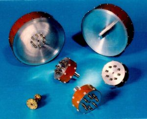Biconic antennae manufactured by TNO and a taper