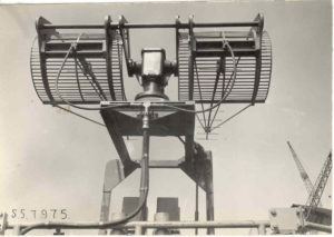 Fire control antenna of the HNLMS Isaac Sweers mounted with the Bofors anti-aircraft guns (backside)