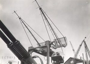 Fire control antenna of the HNLMS Isaac Sweers mounted with the Bofors anti-aircraft guns