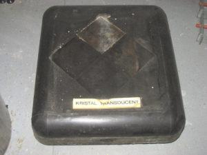 Transducent van de Anti-Duikboot Installatie met zendelementen van Seignettekristallen. De transducent was draaibaar in de dom.