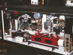MENA coherente zenderketen 30 kHz - piekvermogen eindversterker