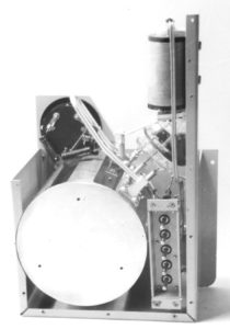 The transmitter: the Kolster trimmer circuit (round drum) and the 'apple tube'