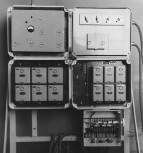 The reconnaissance signal system with all modules visible: transmitter/receiver top left, code selection unit top right, tone generators bottom left, and the filter modules bottom right.