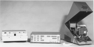 FADAC adjustment unit: in the middle is the adjustment unit, on the left a GNT papertape reader and on the right a Teletype papertape punch.