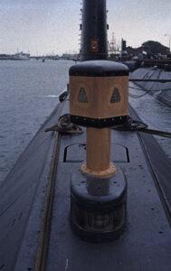 LWs20 gebaseerde hydrofoon aan boord van een driecilinder onderzeeboot