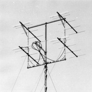Yagi-antenne voor metingen van de 150 MHz verbinding met de 3.5 kW zender op Tremoy, Noorwegen (medio 1959)